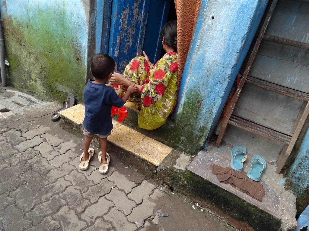 Mother and son in Mumbai