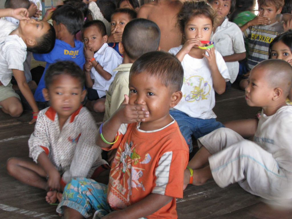 Safe4Kids - Holly-ann Martin working with children in Cambodia