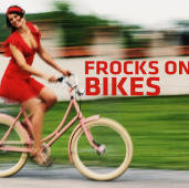 Happyzine story - Frocks on Bikes