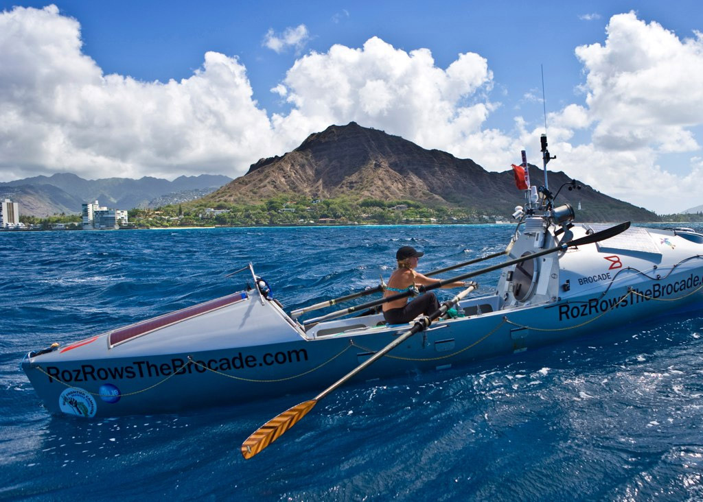 Roz Savage arriving in Honolulu - the first woman to row the Pacific Ocean solo. Image by Phil Uhl