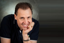 Dr Gary Hewett