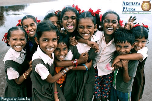 We will be visiting Akshaya Patra in Jaipur which is an NGO serving daily meals to 1.3 million children around India. Magical India supports this charity and its inspiring work.
