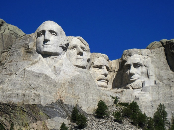 Tour Group Travel: Mount Rushmore