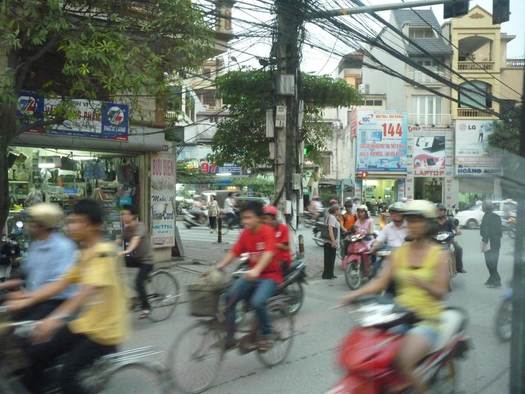 Crazy traffic, Vietnam